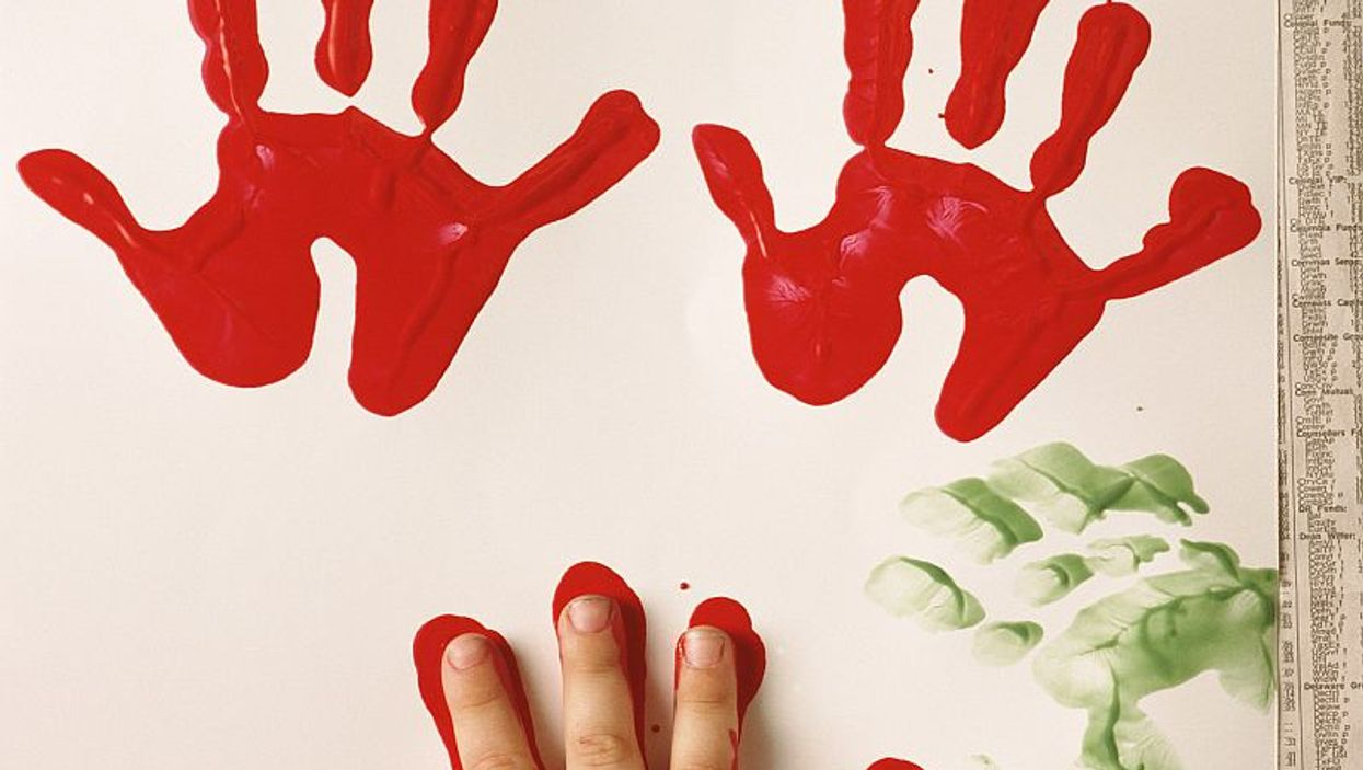 fingerpainting handprints