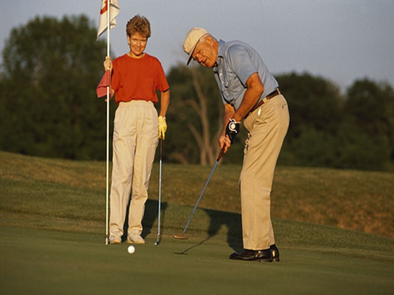 Could Taking a Swing at Golf Help Parkinson's Patients? thumbnail