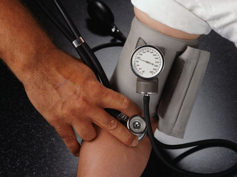 News Picture: Some Blood Pressure Meds Raise Heart Risks in People With HIV