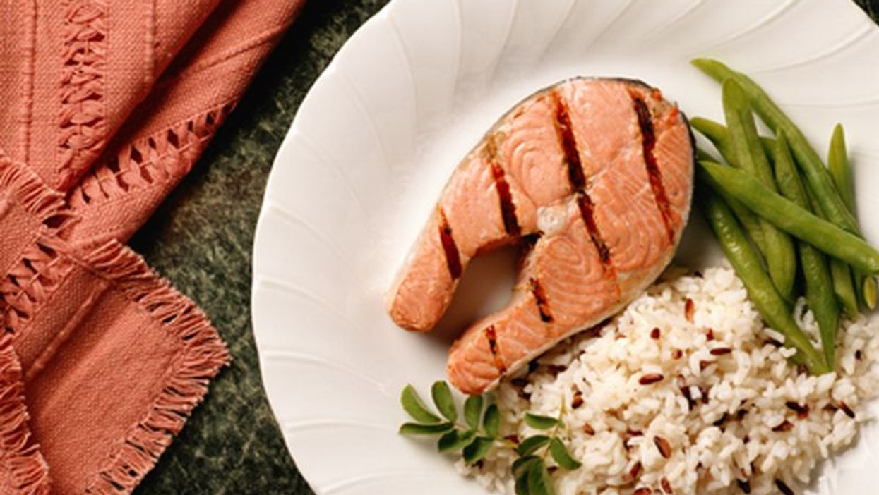 Global Study Supports Eating Fish for Heart Health