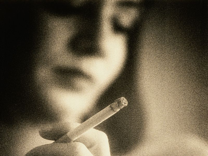 News Picture: Breathing Other People's Smoke Can Raise Your Odds for Heart Failure