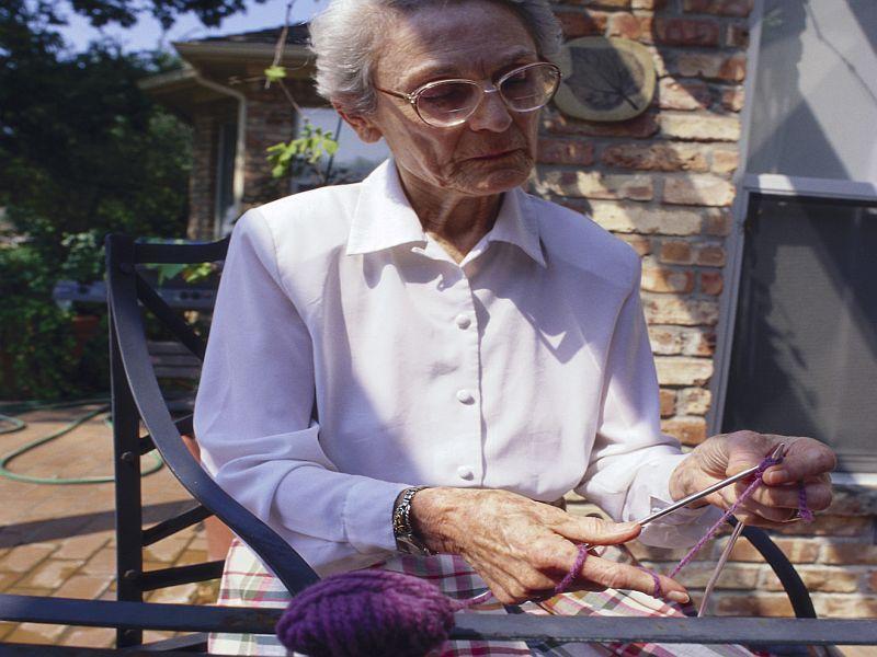 Sitting Raises Women's Odds for Heart Failure thumbnail