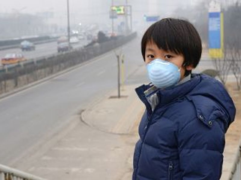 Breathing Dirty Air Could Raise a Child's Risk for Adult Mental Illness