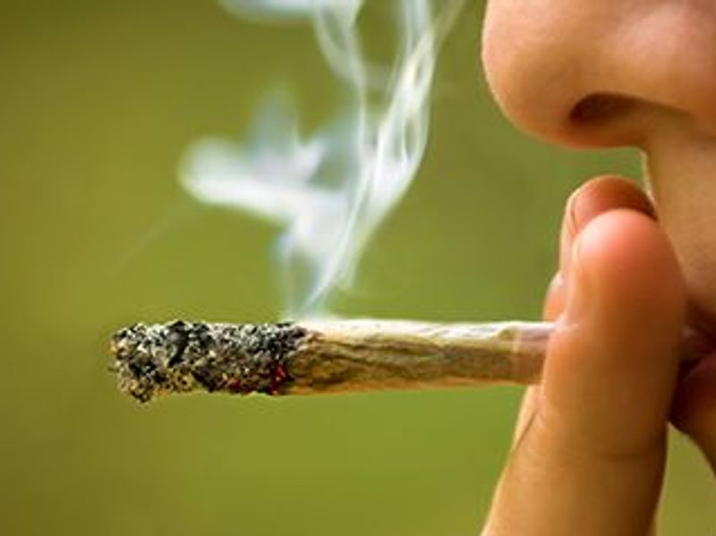 Does Getting High Give You Great Business Ideas? Yes and No, New Study Finds