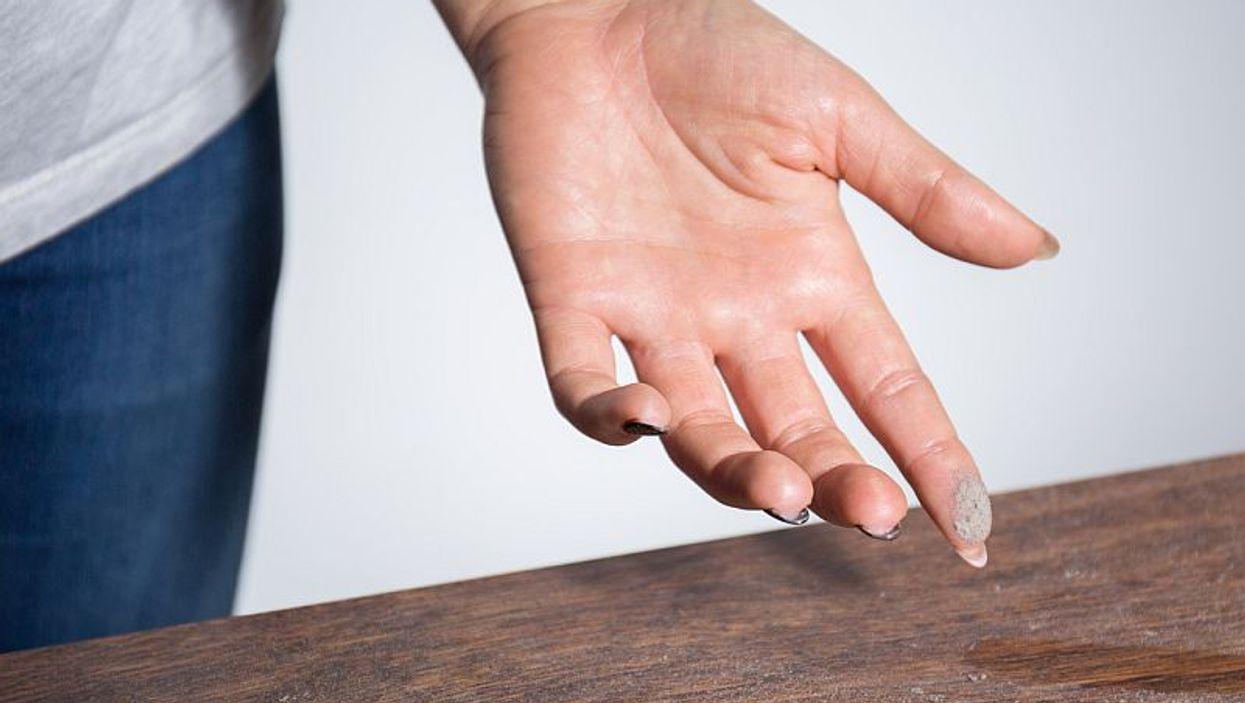 dust on finger