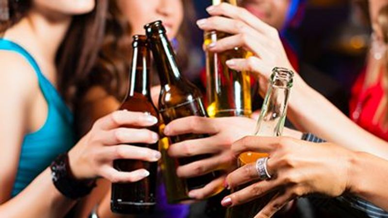 Pandemic Has Cut Into College Kids' Drinking, Study Shows
