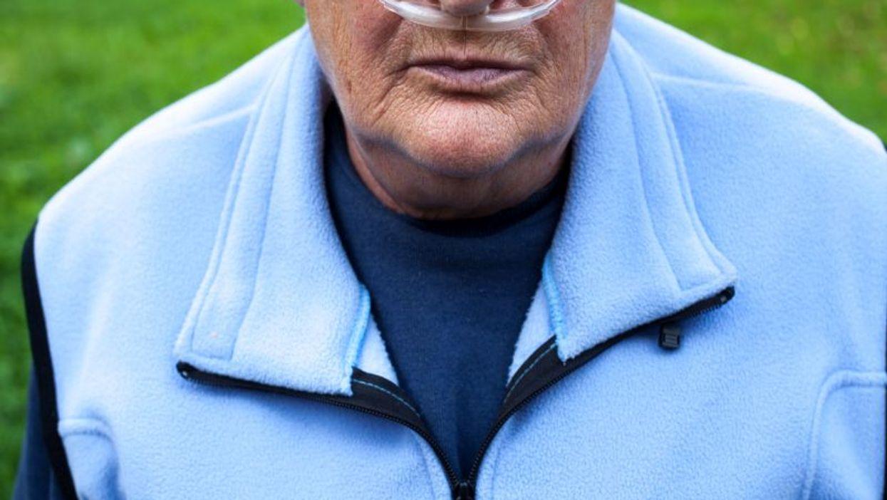 elderly woman on oxygen