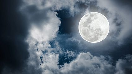 Are the Moon's Phases Affecting Your Sleep? thumbnail