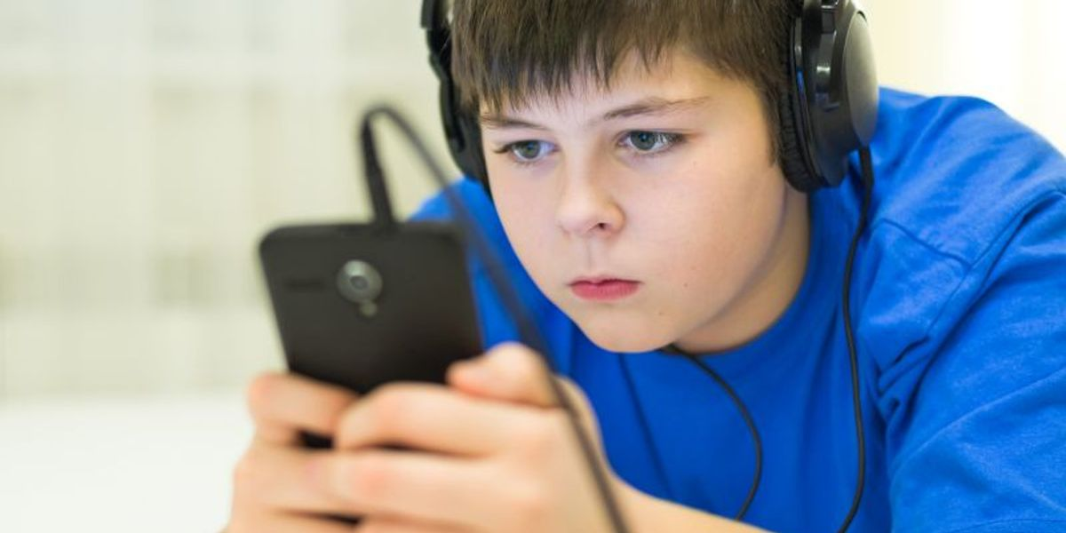 All That Screen Time Won't Hurt Your Kid's Grades - Maybe