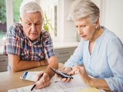 Alzheimer Disease Tied to Adverse Financial Events