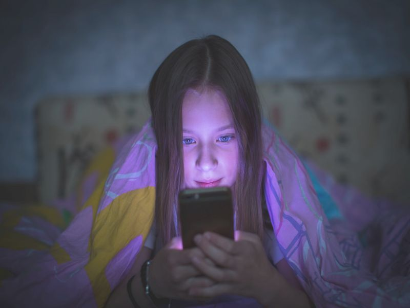 News Picture: Does Parents' Nagging Kids About Screen Time Even Matter?