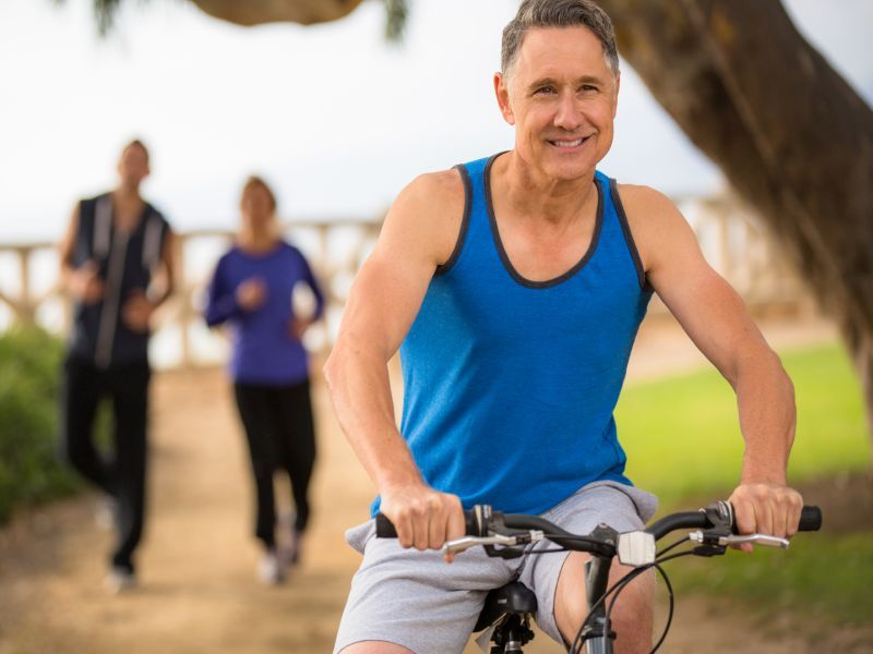 News Picture: Get Fit in Middle Age to Boost Your Aging Brain