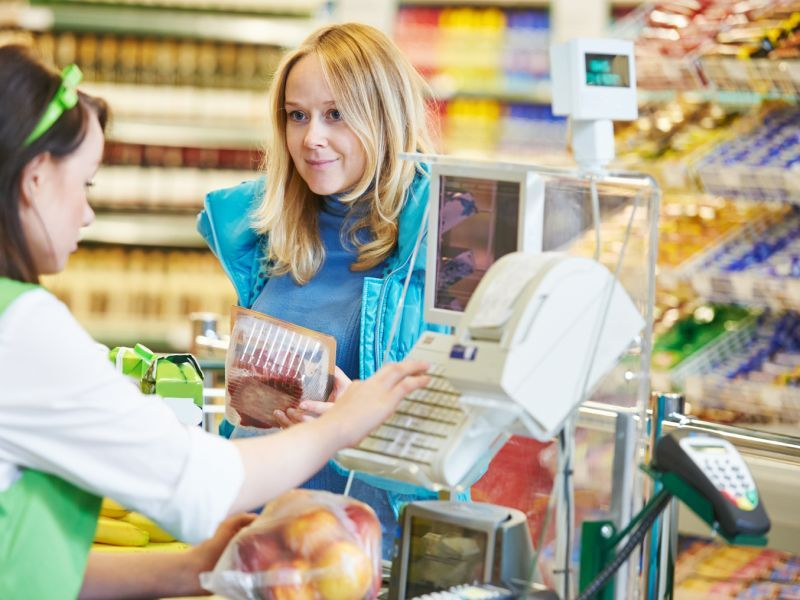 Grocery Workers at Greater Risk for COVID Without Symptoms