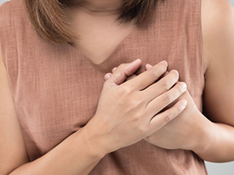 Panic Attack or Heart Attack? Here's How to Tell the Difference