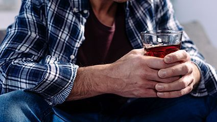 News Picture: Anxiety, Depression and Drinking: An Unhealthy Combo During the Pandemic