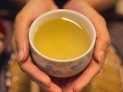 La consommation quotidienne de thé vert et de café contribue à réduire le risque de 2ecrise cardiaque ou accident vasculaire cérébral