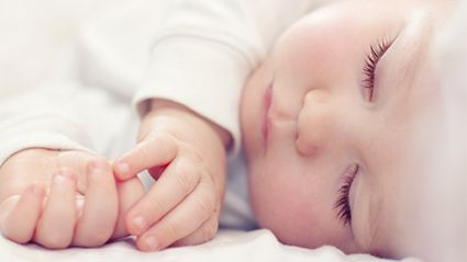 Parents, Don't Worry if Baby's Sleep Is Erratic thumbnail