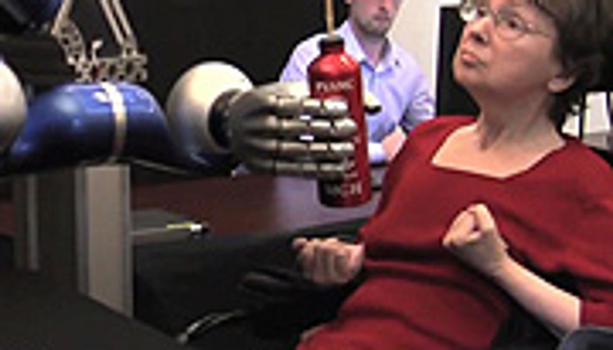 Paralyzed Patients Use Mind to Move Robotic Arm