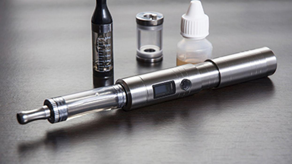 Los cigarrillos electronicos y los fumadores pasivos