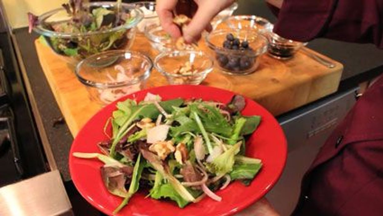 Dressing Up Your Salad With Blueberries