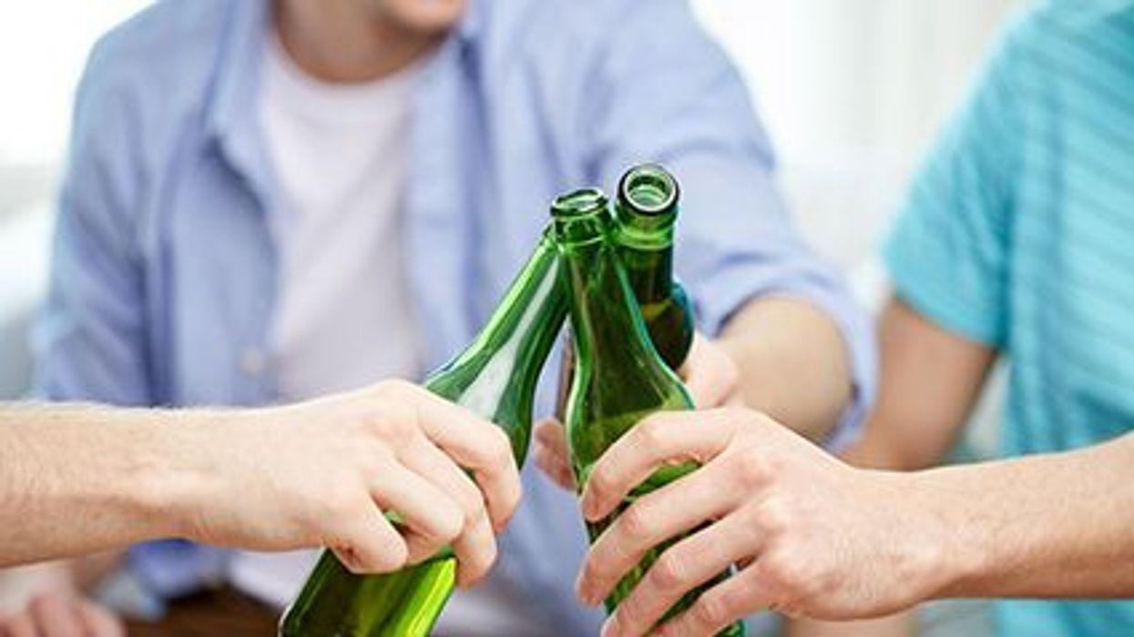 El género y el consumo de alcohol por los menores