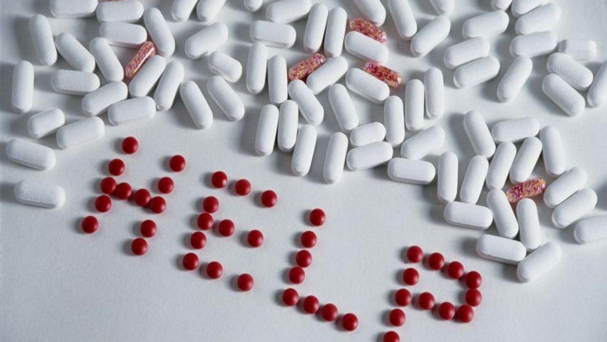 Sharing Drug 'Snorting Straws' Spreads Hepatitis C