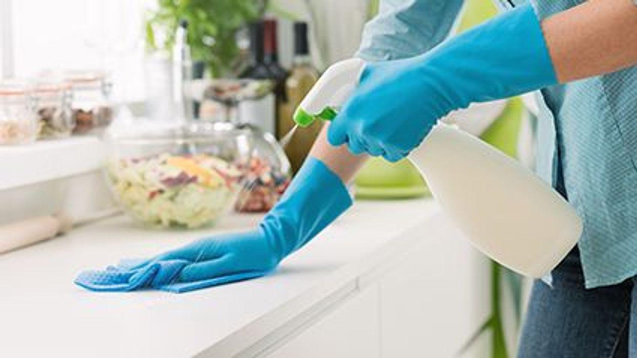 Limpiadores domésticos y el peso