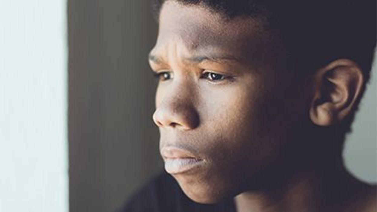 Aumentan las tasas de suicidio en los niños y los adolescentes