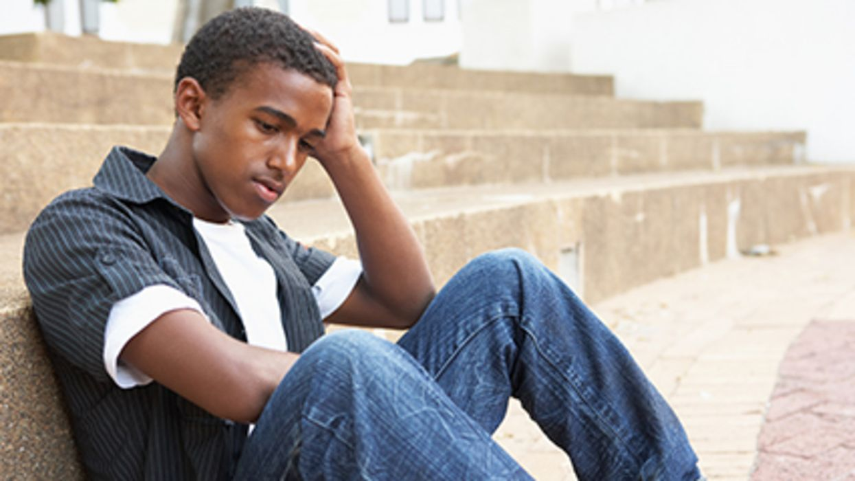 """Pandemic Causing """"Alarming"""" Loneliness in Young Adults"""