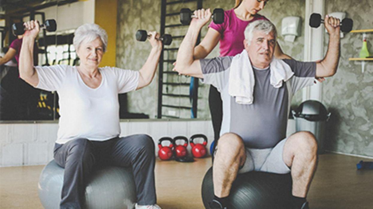 El entrenamiento de resistencia beneficia tanto a las mujeres como a los hombres, según un estudio nuevo