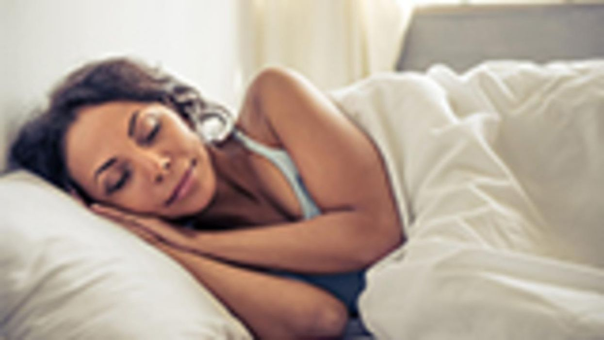Cómo elegir la mejor posición para dormir para su salud