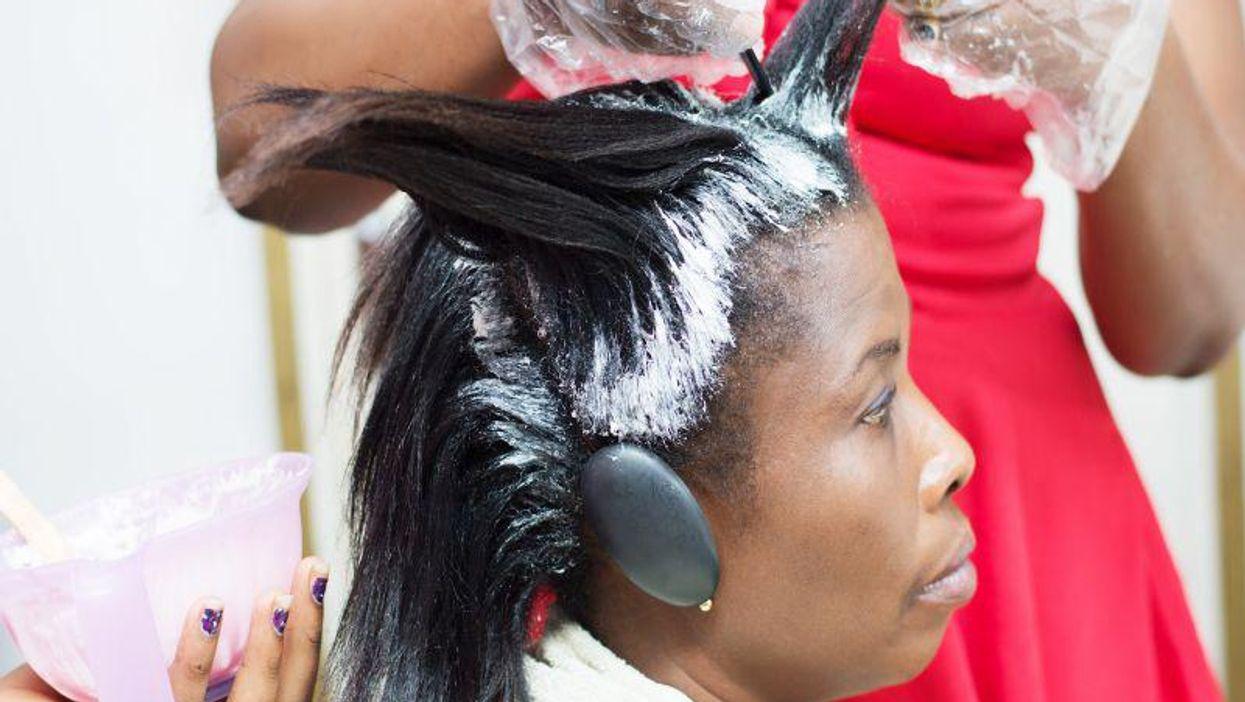 hair straightening salon
