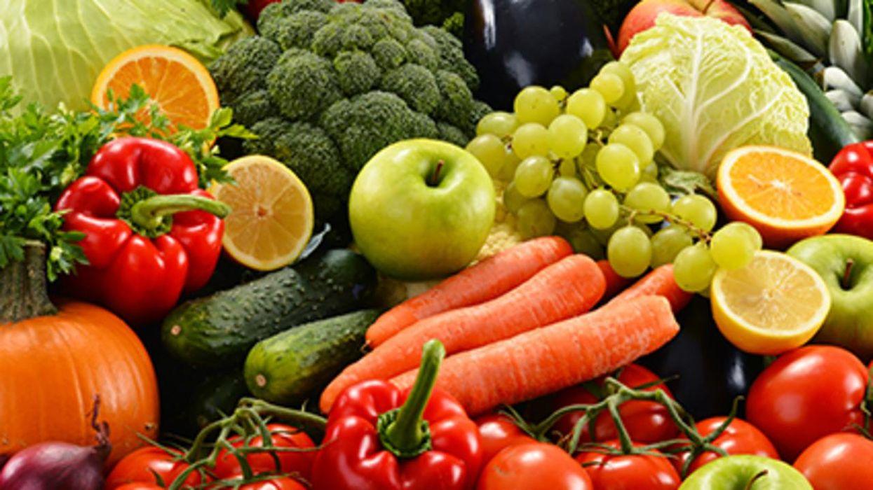 Un estudio halló que comer una dieta mediterránea ayuda a prevenir la pérdida de la función cerebral