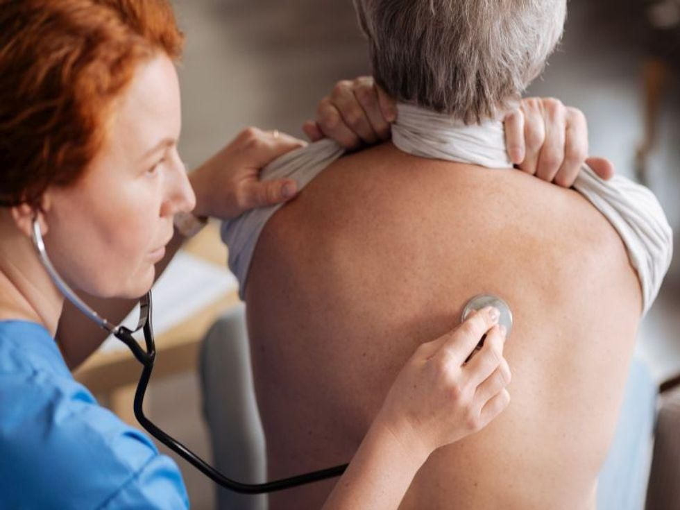 News Picture: Immunotherapy Drug Can Beat Back Early-Stage Lung Cancer