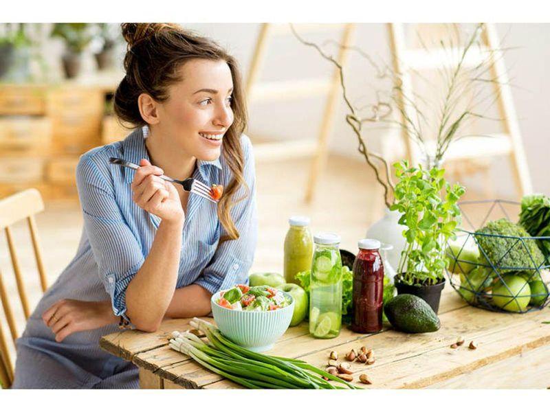 Low-Salt 'DASH' Diet Good for Total Heart Health