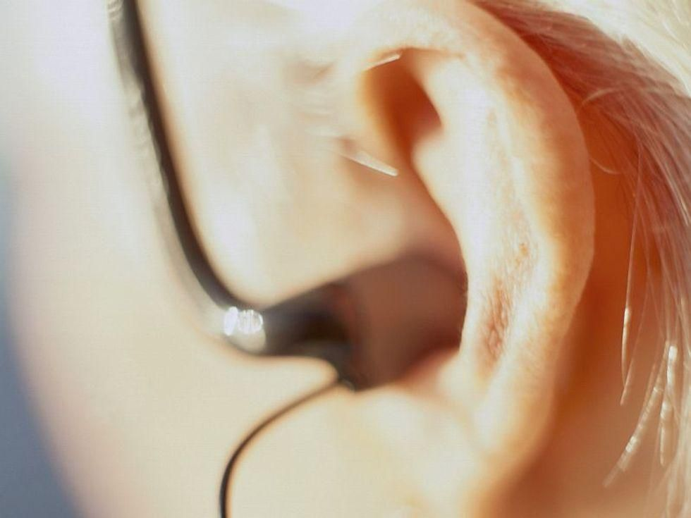 News Picture: Osteoporosis Might Also Raise a Woman's Odds for Hearing Loss