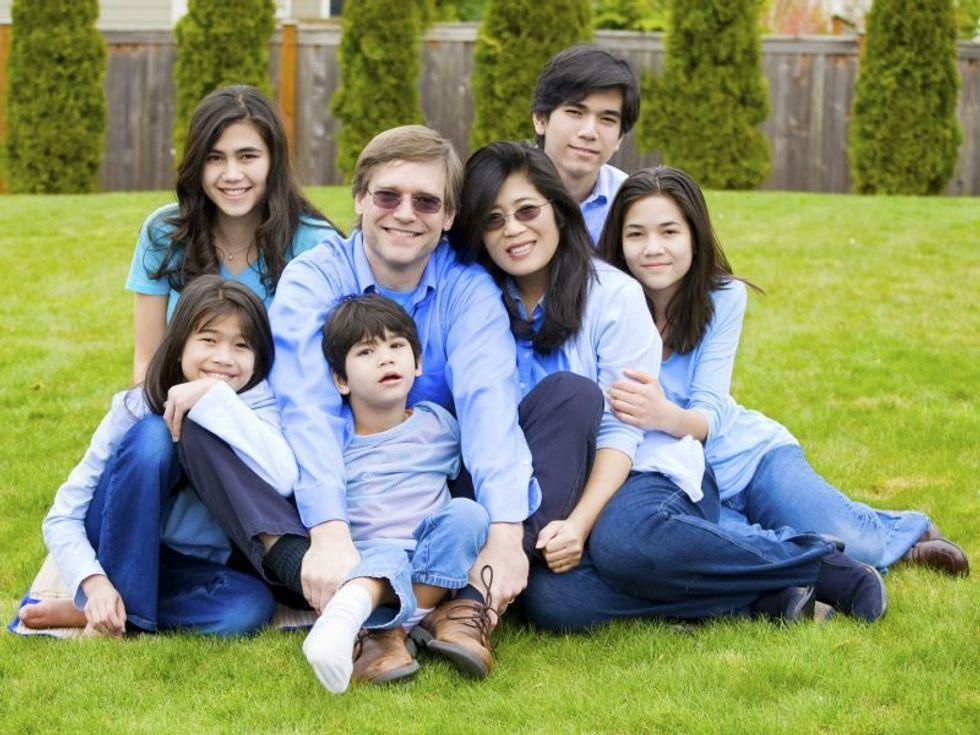 News Picture: Birth Order, Family Size May Affect Heart Health