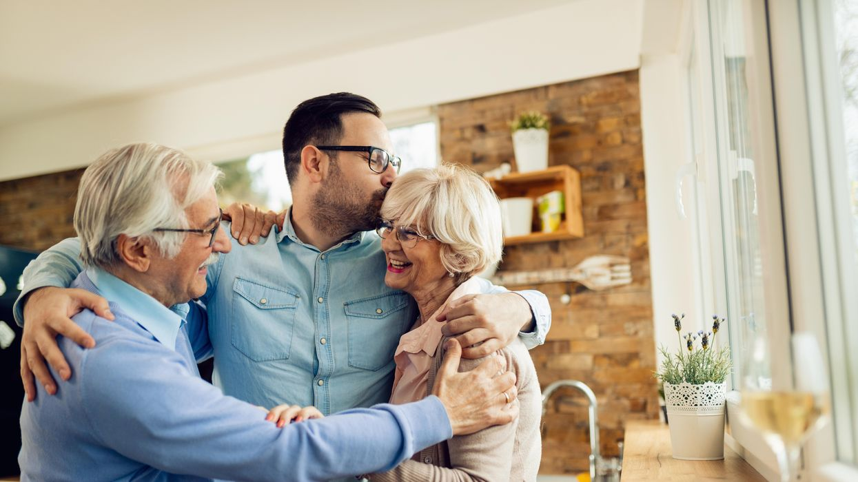 adult kids move home with parents