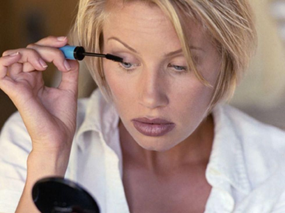 Are Women Absorbing Toxins From Their Makeup?