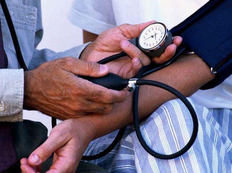 Living With HIV Raises Odds for Sudden Cardiac Death
