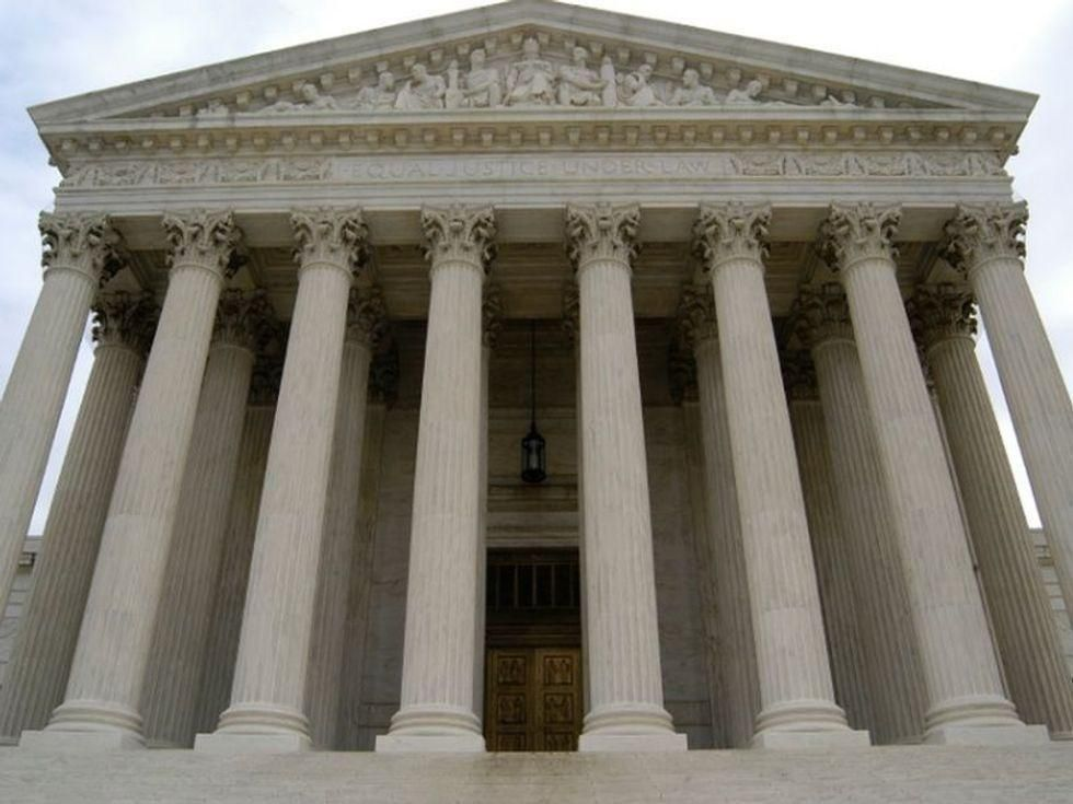 News Picture: U.S. Supreme Court Strikes Down Challenge to Affordable Care Act