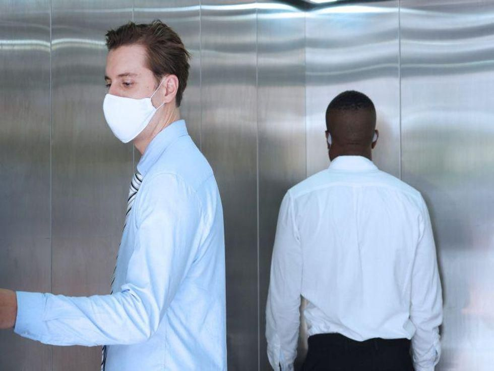 LA County Recommends Masks for All When Indoors as Delta Variant Spreads