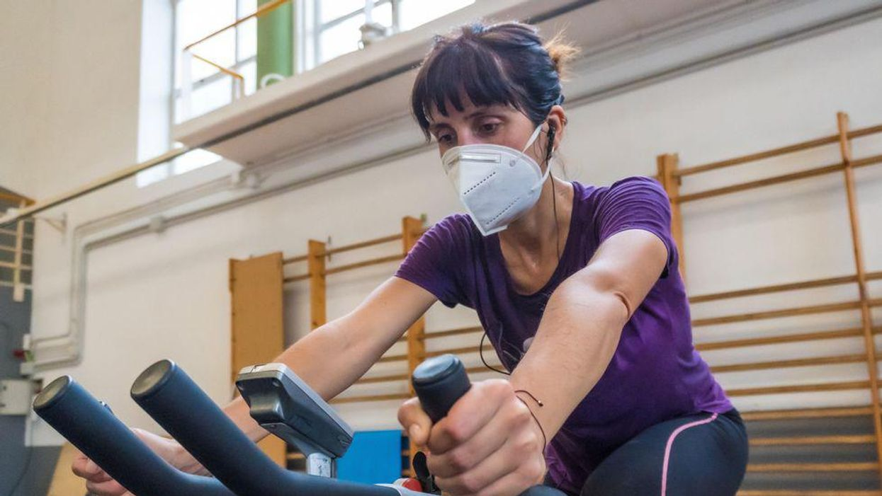 mask gym workout exercise