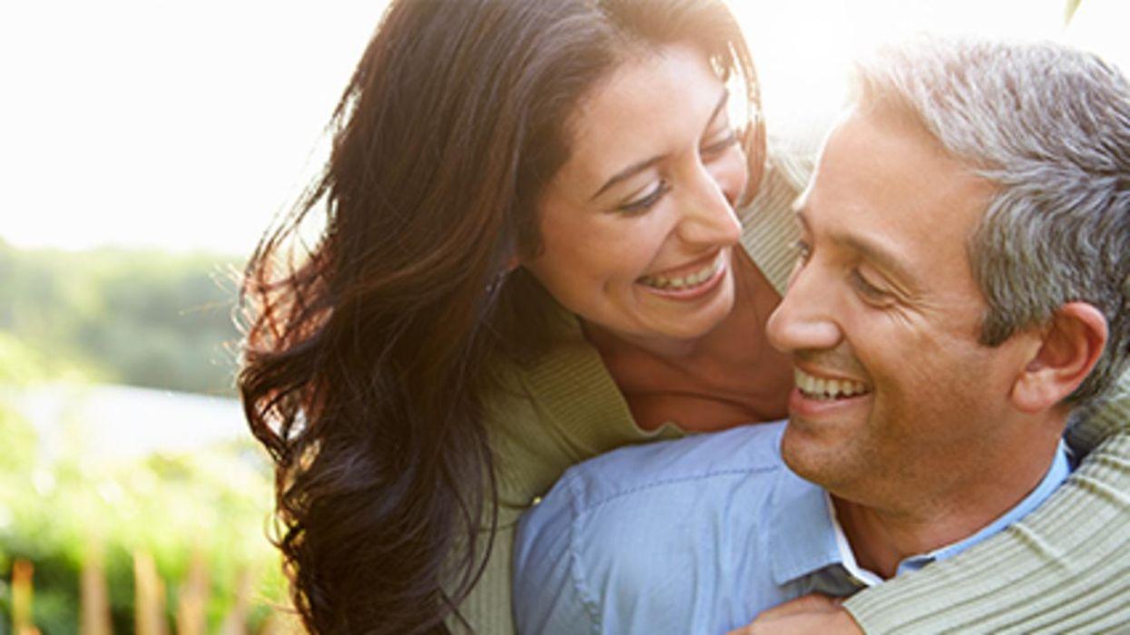 Según un estudio, la mayoría de las parejas románticas comenzaron como amigos.