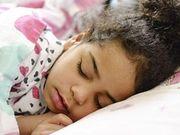 Sogar Kleinkinder können im Schlaf Atemprobleme haben