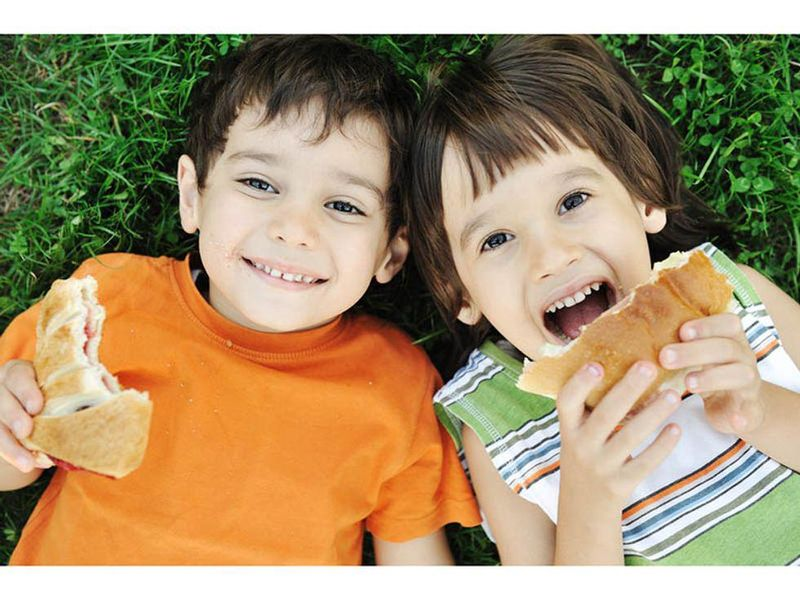 Is Your Kid a Fast or Slow Eater? Personality Might Tell