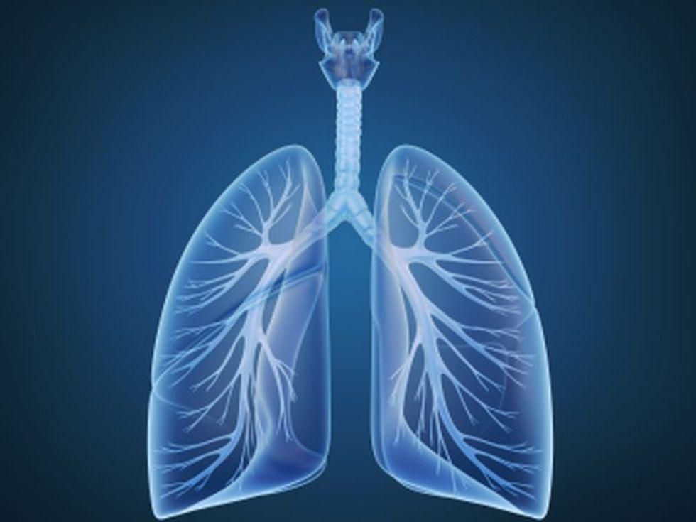 News Picture: HRT Could Raise Odds for Asthma