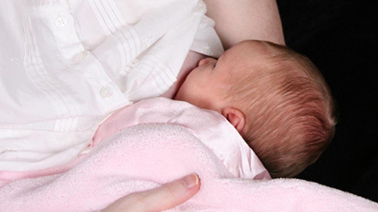 Un estudio halló que los bebés amamantados tienen una presión arterial más saludable cuando son niños.