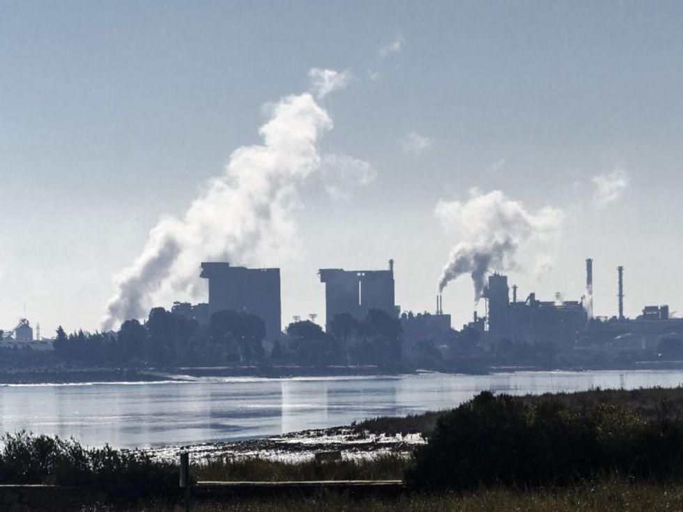 News Picture: Lockdowns Cut Air Pollution, But Poorer Neighborhoods Benefited Less