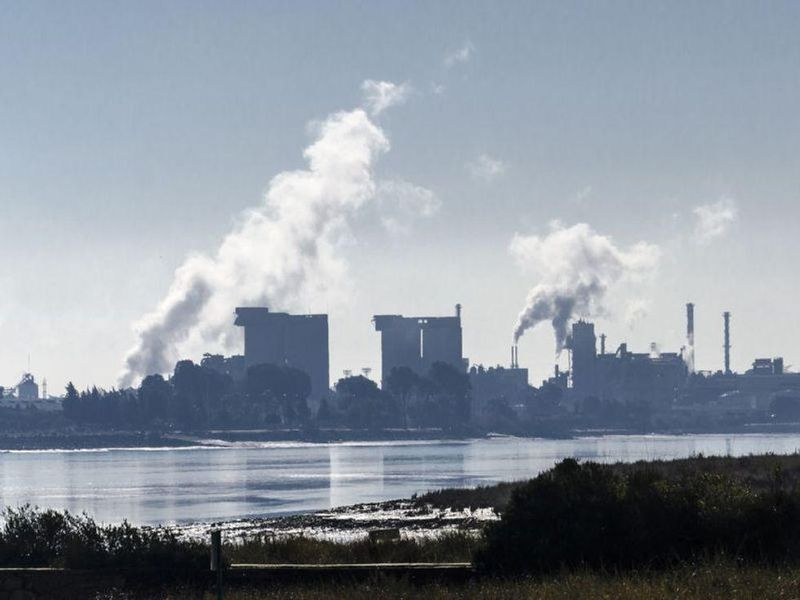 Lockdowns Cut Air Pollution, But Poorer Neighborhoods Benefited Less